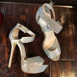 Steve Madden AB Crystals blinged out heels 7.5